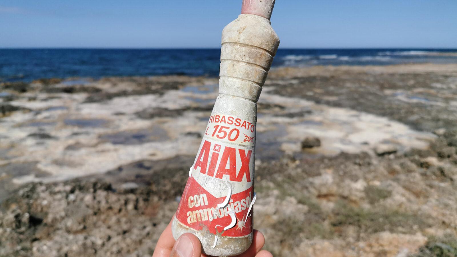 Inquinamento da plastica, i rifiuti diventano reperti archeologici